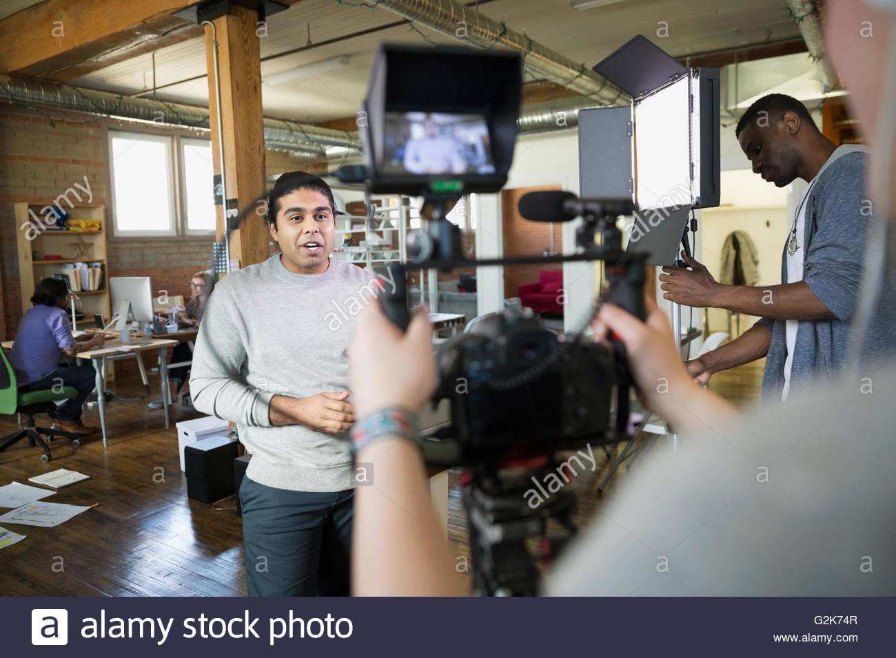 Gente de Negocios Tutorial de filmación creativa Imagen De Stock