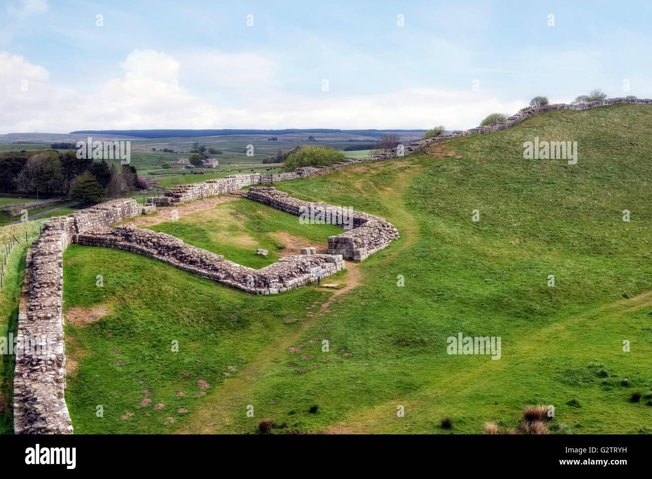 El Muro de Adriano, el castillo de Nick, acero Rigg, Northumberland, Inglaterra, Reino Unido. Imagen De Stock