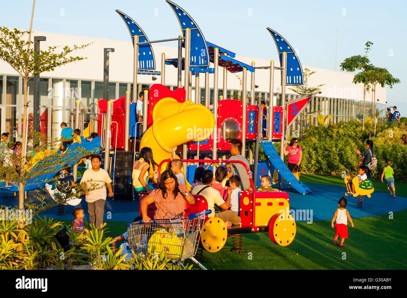 área Infantil 3er Piso Terraza Cubierta Sm Seaside Mall