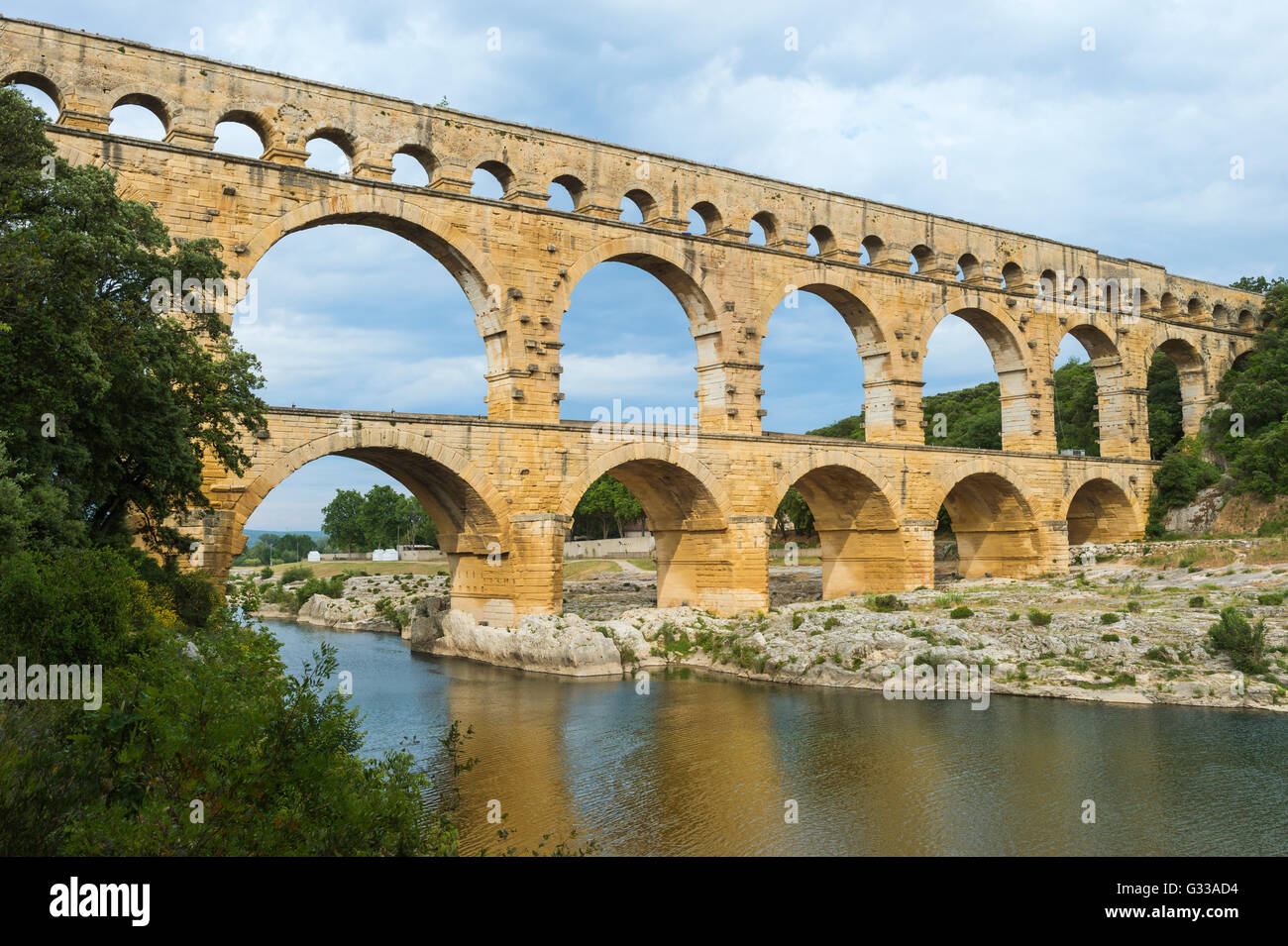 Pont du Gard, Languedoc-Rosellón región, Francia, Sitio del Patrimonio Mundial de la Unesco Imagen De Stock