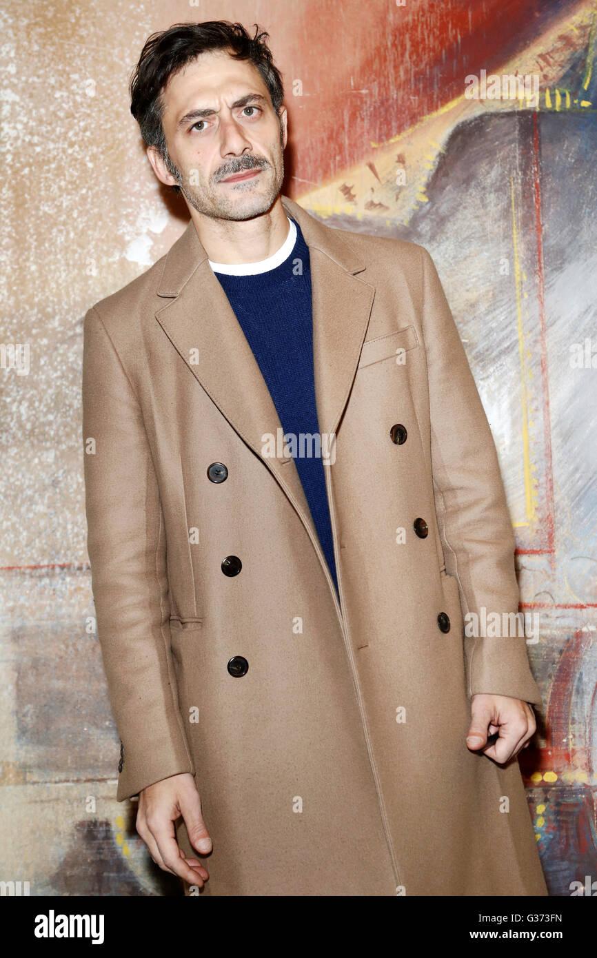 """Milán, Italia, 21 de enero: el actor Filippo Timi atiende el Photo-call de la """"Casa di Bambola' el Imagen De Stock"""