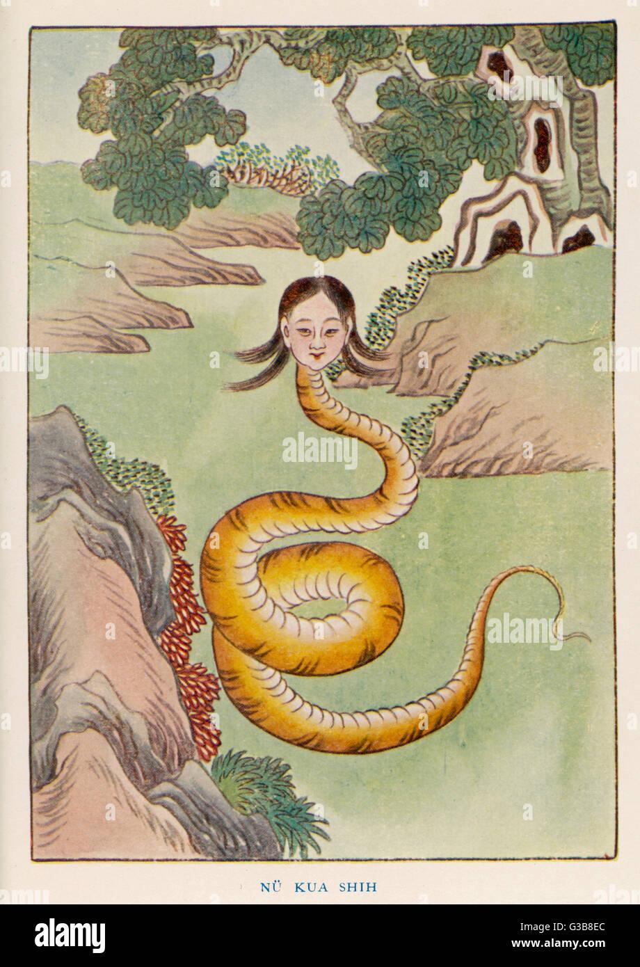 La diosa Nu Kua, mitad mujer, mitad dragón, creó a los primeros seres humanos fuera de la arcilla. Ella también Foto de stock
