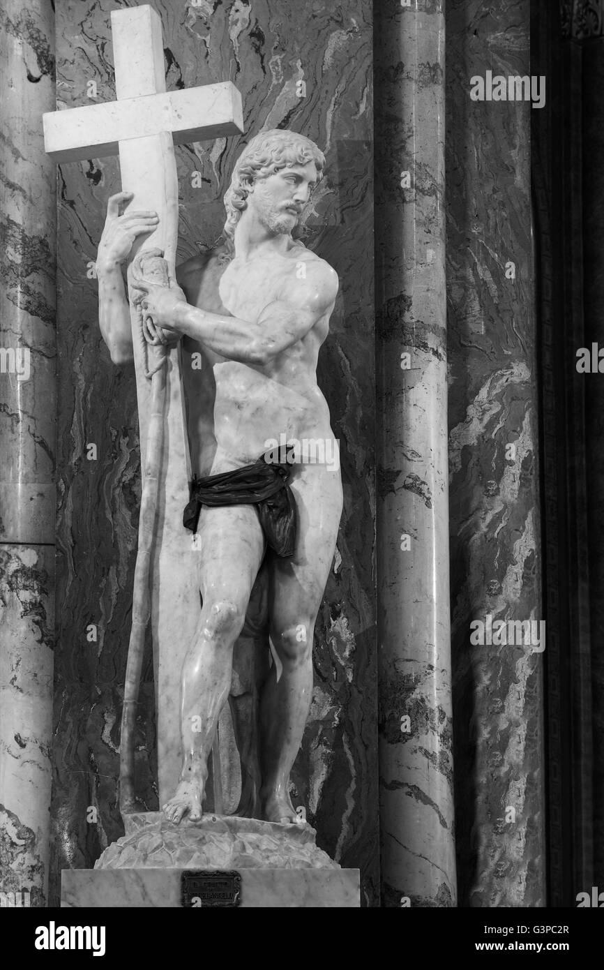 Cristo della Minerva, Cristo resucitado, de Miguel Ángel, 1519-1521, Santa Maria sopra Minerva, Roma, Italia Foto de stock