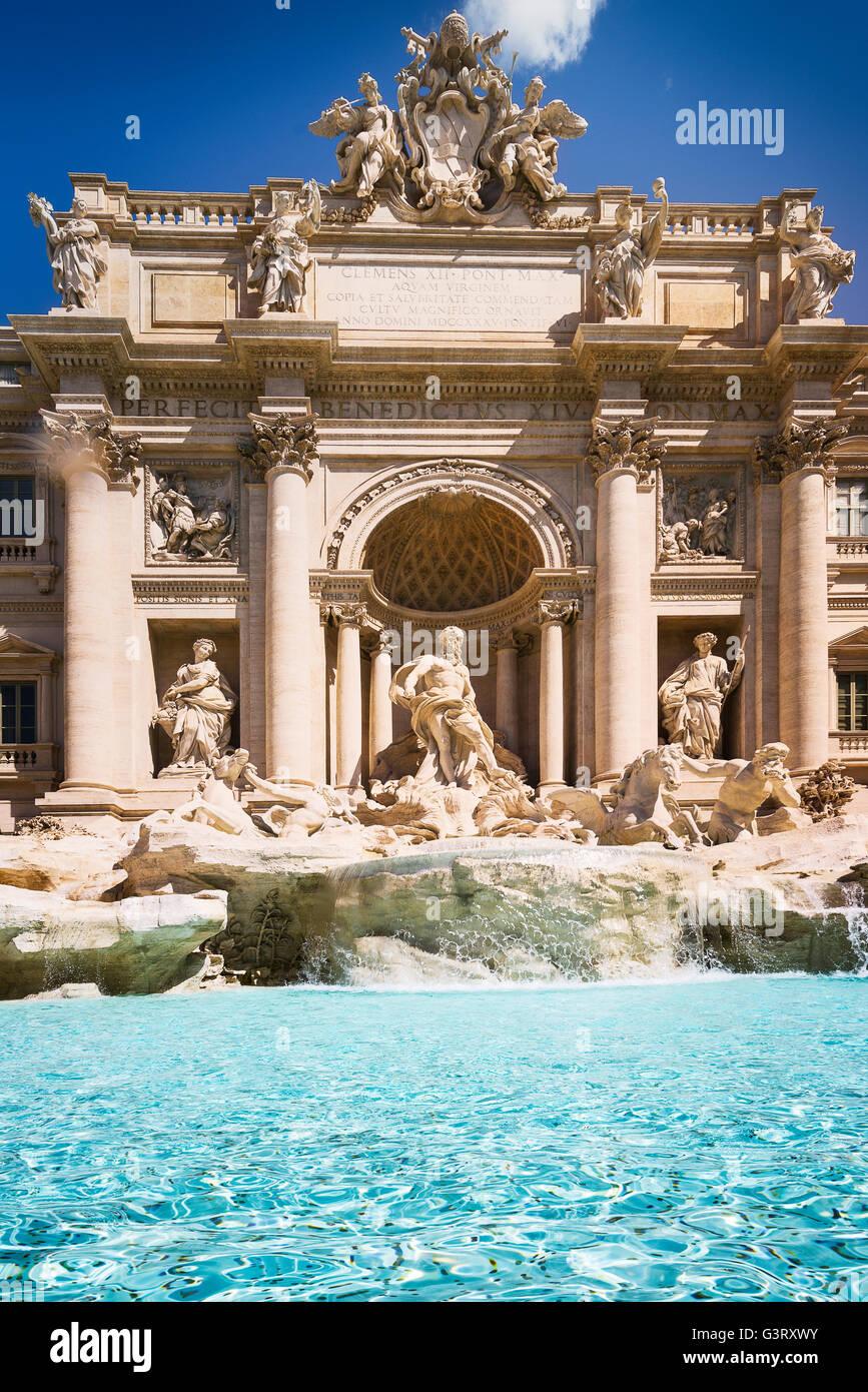 Fontana de Trevi (Fontana di Trevi) en Roma. Italia Foto de stock