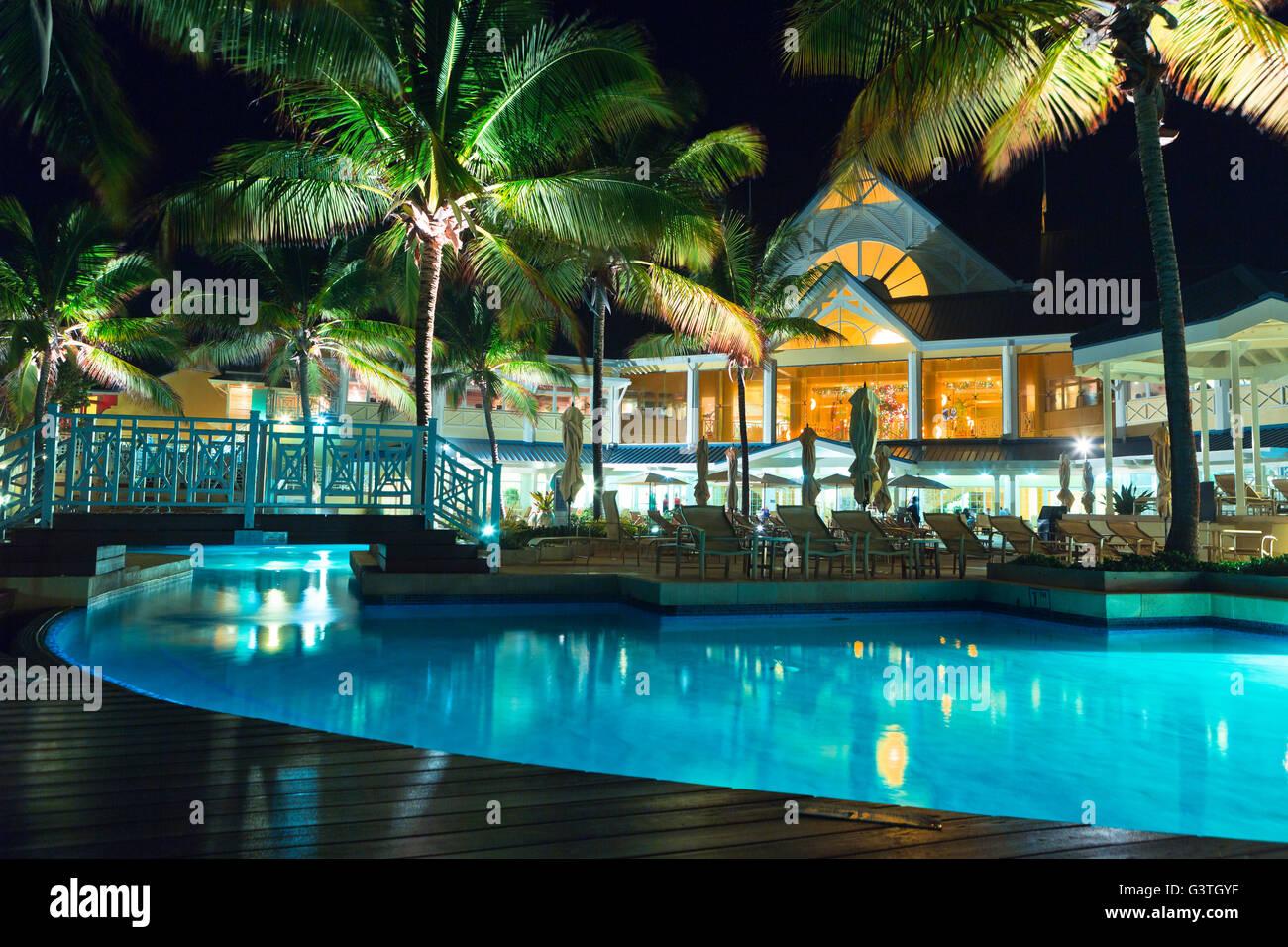 Trinidad y Tobago, llanuras, Tobago plantaciones Estate, Vista de iluminado Holiday Resort Imagen De Stock