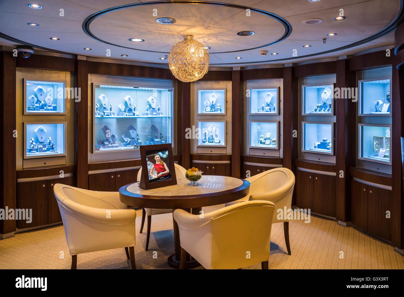 9e111790466d La decoración interior Joyería contador en la Holland America crucero  Zaandam.