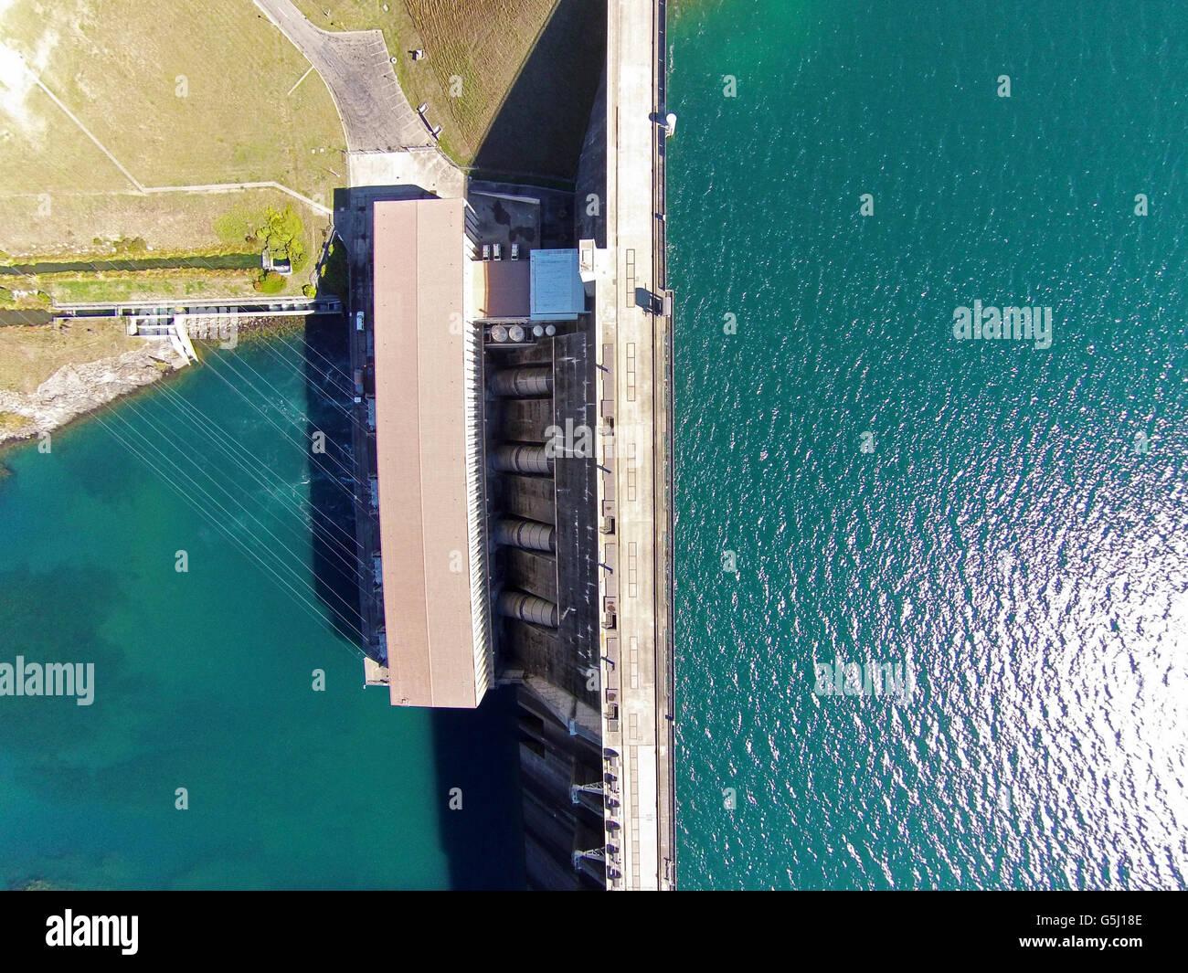 Lago Aviemore, Aviemore represa y Lago Waitaki (debajo de la presa), Waitaki Valley, North Otago, Isla del Sur, Imagen De Stock