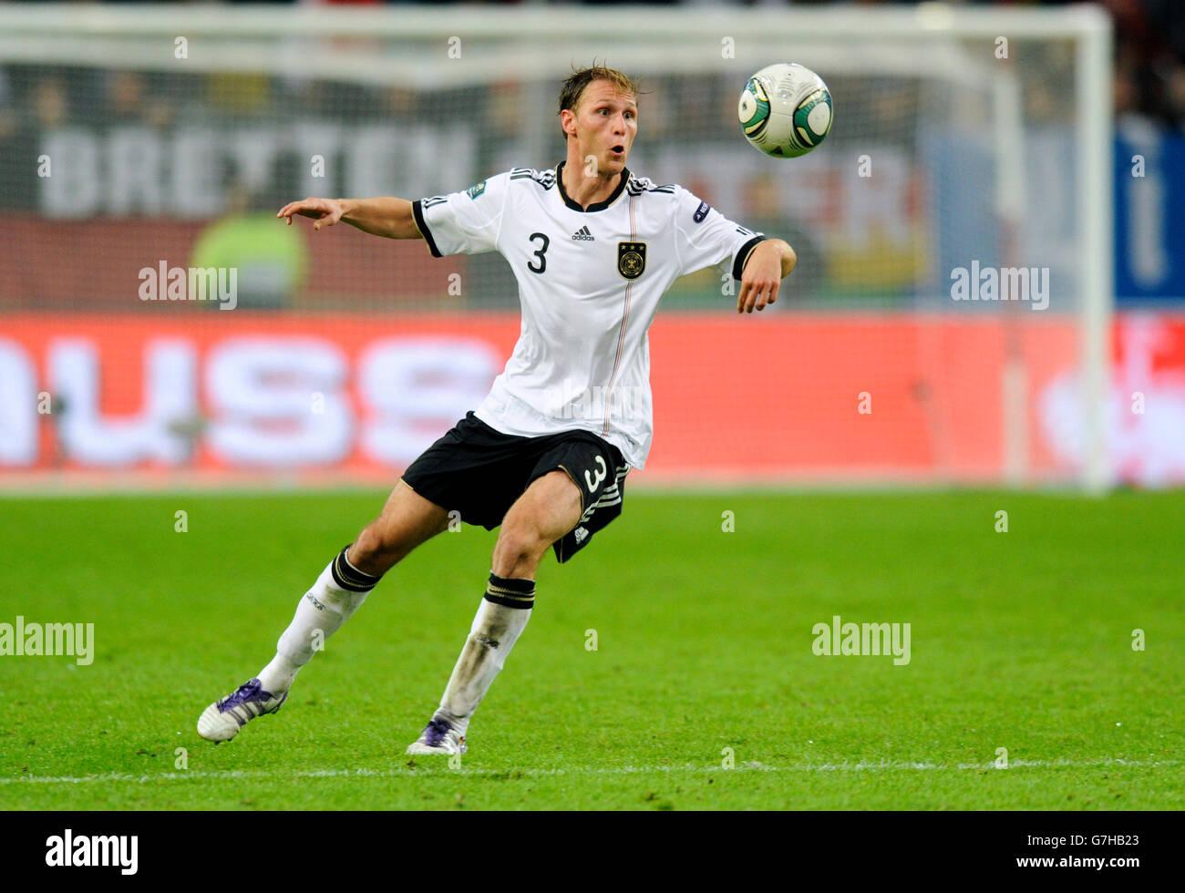 Benedikt Hoewedes, Alemania, calificación de fútbol coinciden con el campeonato europeo de la UEFA 2012, Imagen De Stock