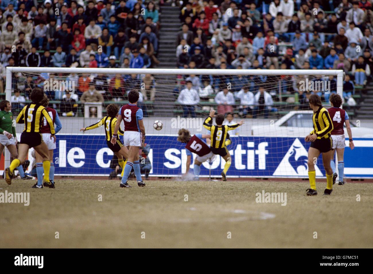 Fútbol - Copa Toyota - Campeonato Mundial de Clubes - Aston Villa v Pe rol Foto de stock