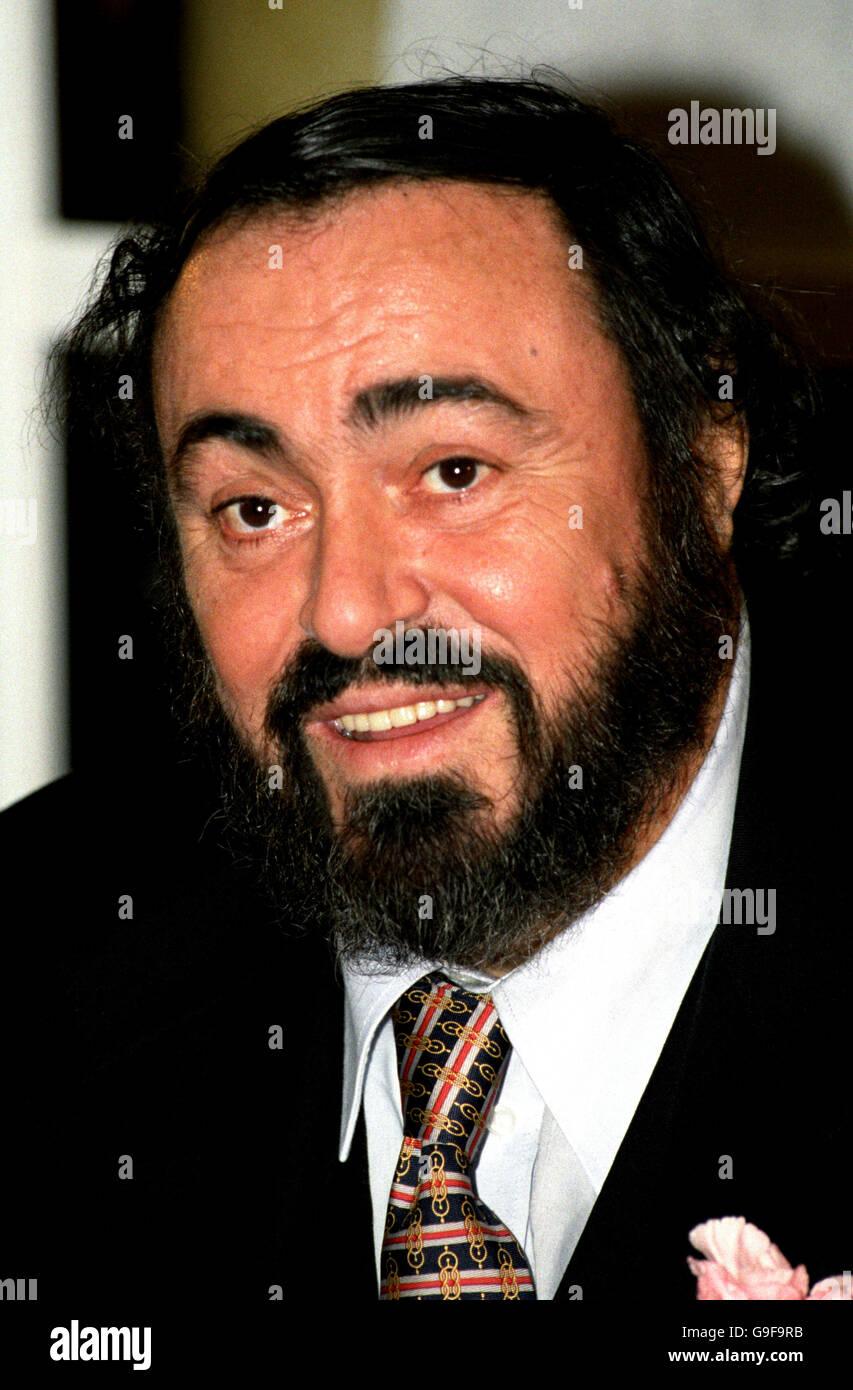 Luciano Pavarotti Luciano Pavarotti Para Caballeros
