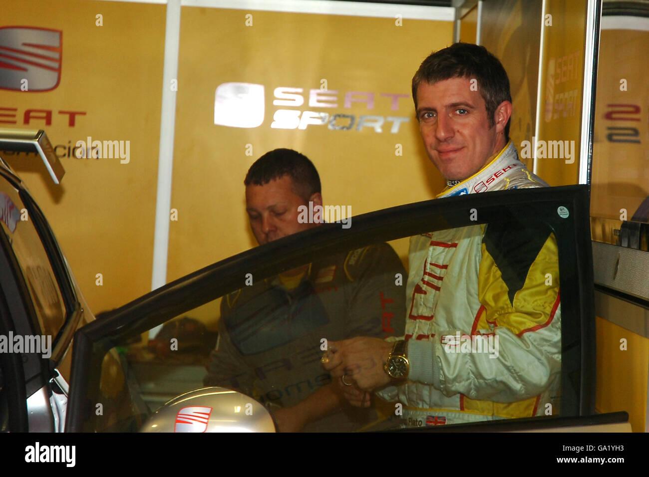 Deportes de Motor - Dunlop British Touring Car Championship - Donington Park Imagen De Stock