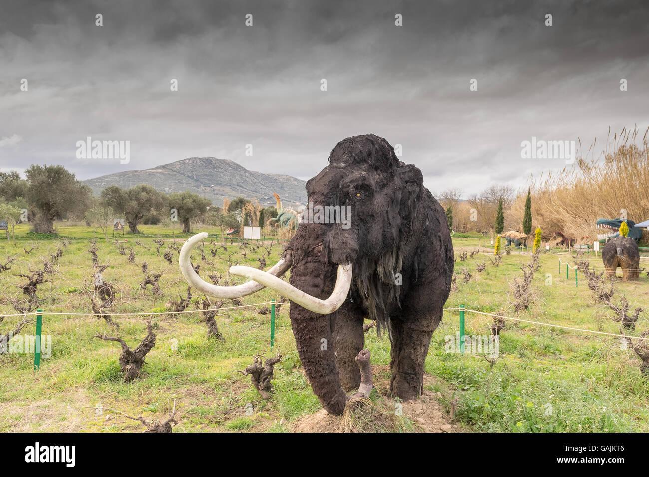 Atenas Grecia El 17 De Enero De 2016 Retrato Del Mamut En El Parque De Dinosaurios En Grecia Fotografia De Stock Alamy Ciencia, mamut, extinción, animales, dinosaurios, eeuu. alamy