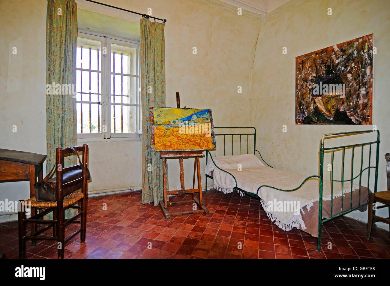 Saint Paul de Mausole, Vincent van Gogh, el convento, iglesia, museo, Salon de Provence, Provenza, Cote d'Azur, Foto de stock