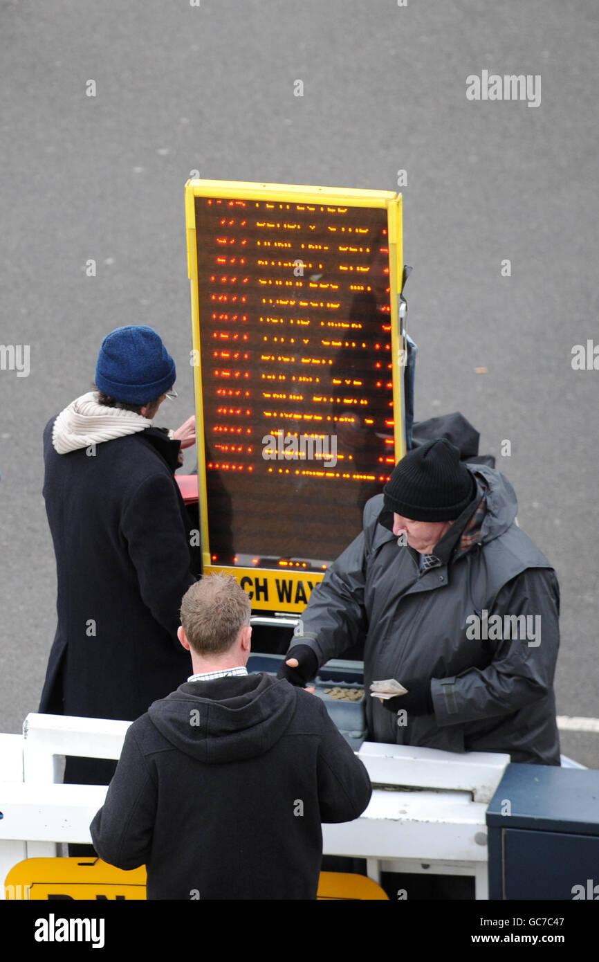 Carreras de Caballos - el Hipódromo de Leicester Foto de stock