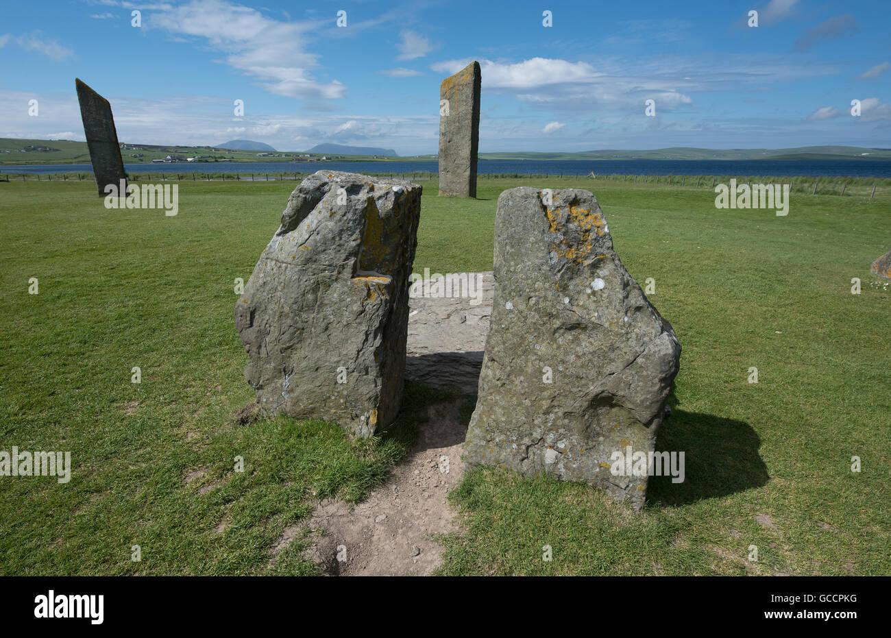 Stenness Standing Stones dentro del sitio del Patrimonio Mundial de la UNESCO, Heart of Neolithic Orkney. 10,594 de la SCO. Foto de stock