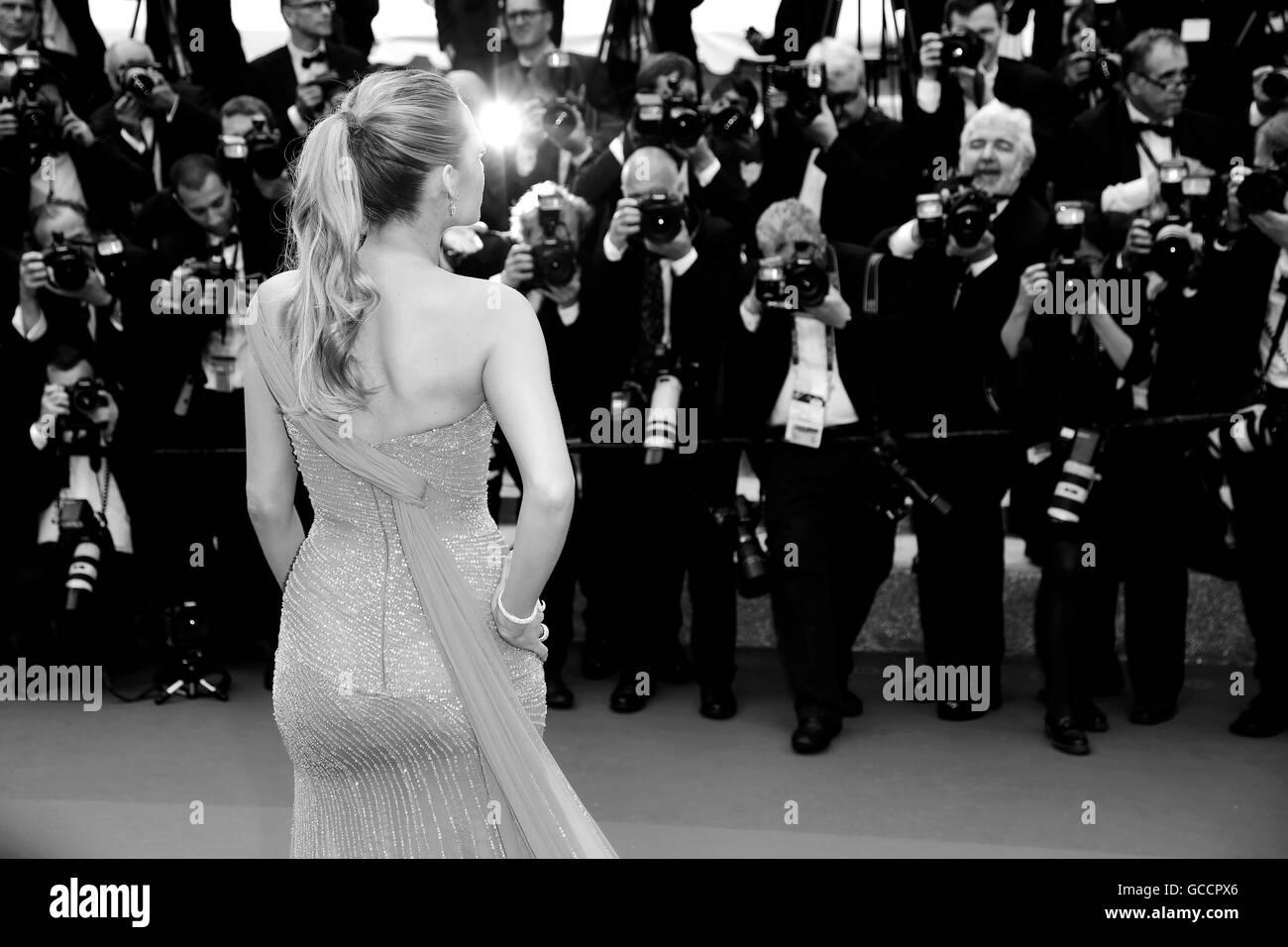 CANNES, Francia - 14 de mayo: Blake Lively asiste a 'BFG ' estreno durante el 69º Festival de Cine Imagen De Stock