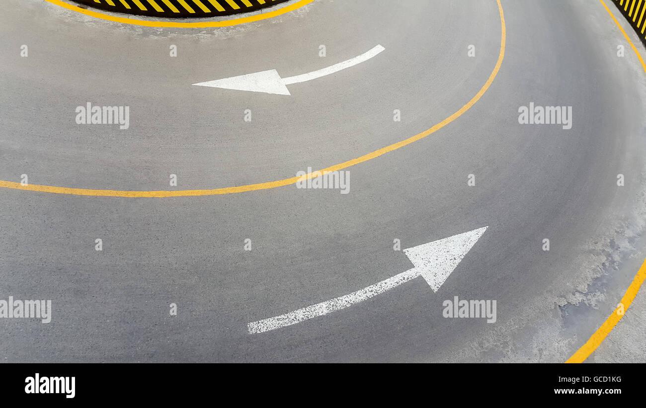 Señalización de carreteras, señales de flecha Imagen De Stock