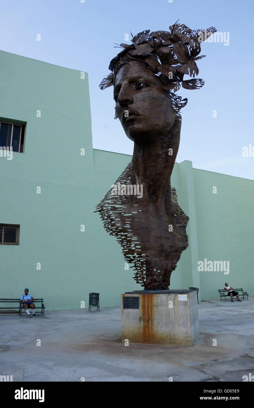 Primavera (Spring) escultura de Rafael San Juan, La Habana, Cuba Foto de stock