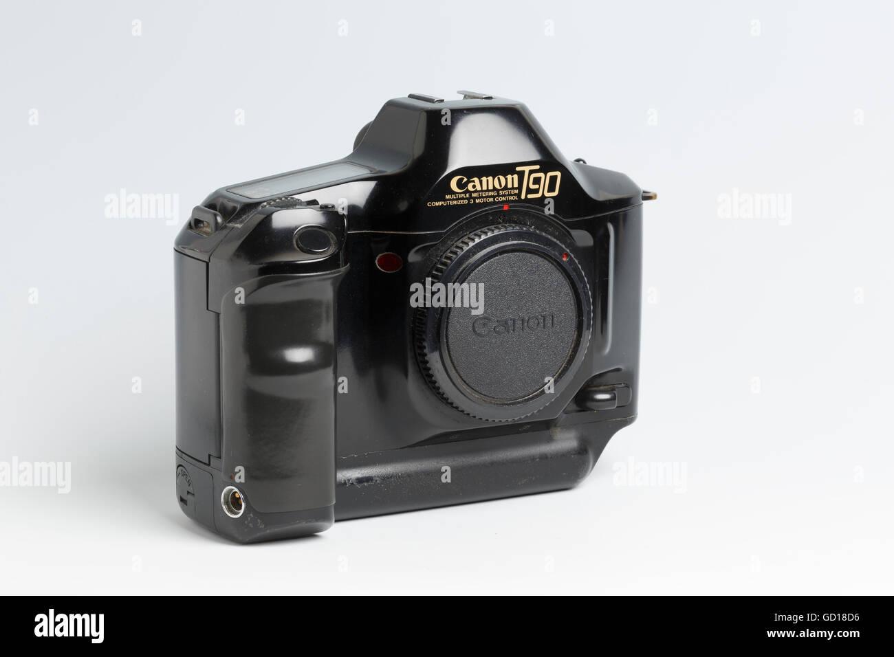 Cámara réflex digital Canon T90, con avance automático de la película y diseño ergonómico, Imagen De Stock