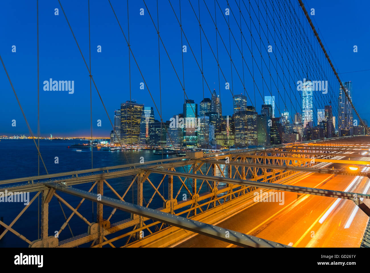 Nueva York rascacielos de Manhattan, el Lower Manhattan skyline, incluida la torre de la Libertad, del World Trade Imagen De Stock