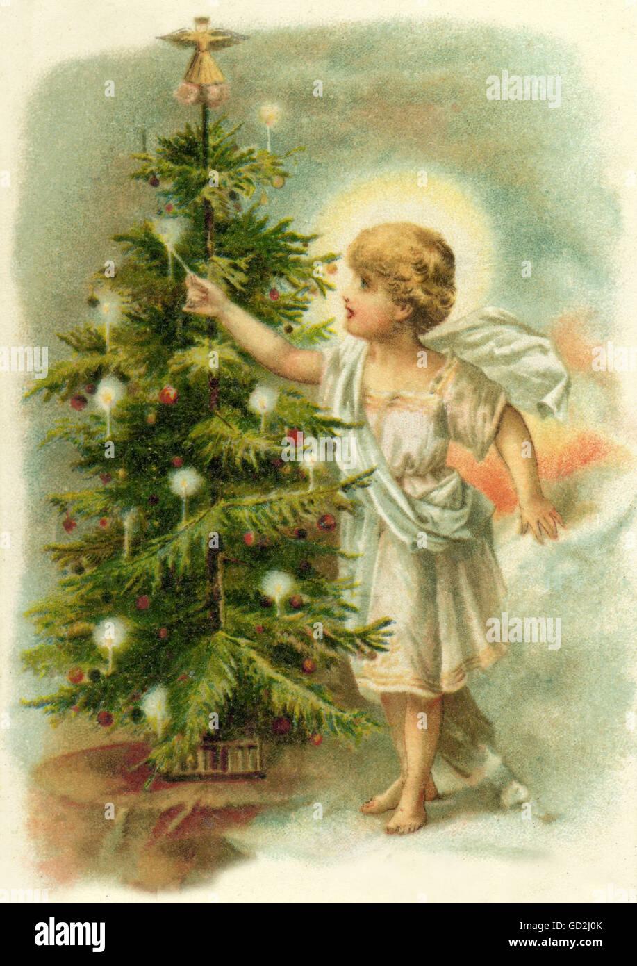Fotos De Navidad Del Nino Jesus.Navidad El Nino Jesus Es Encender Velas En El Arbol De
