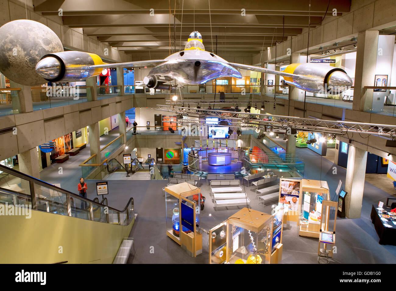 El hall del museo de ciencias en Boston. Imagen De Stock