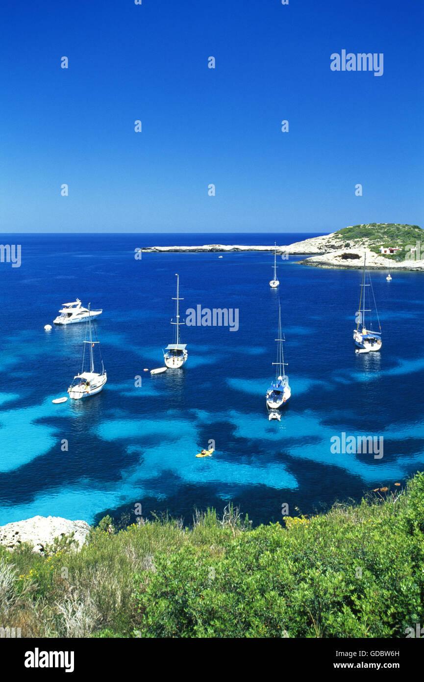 Cerca de la Bahía de Portinatx, Ibiza, Islas Baleares, España Foto de stock