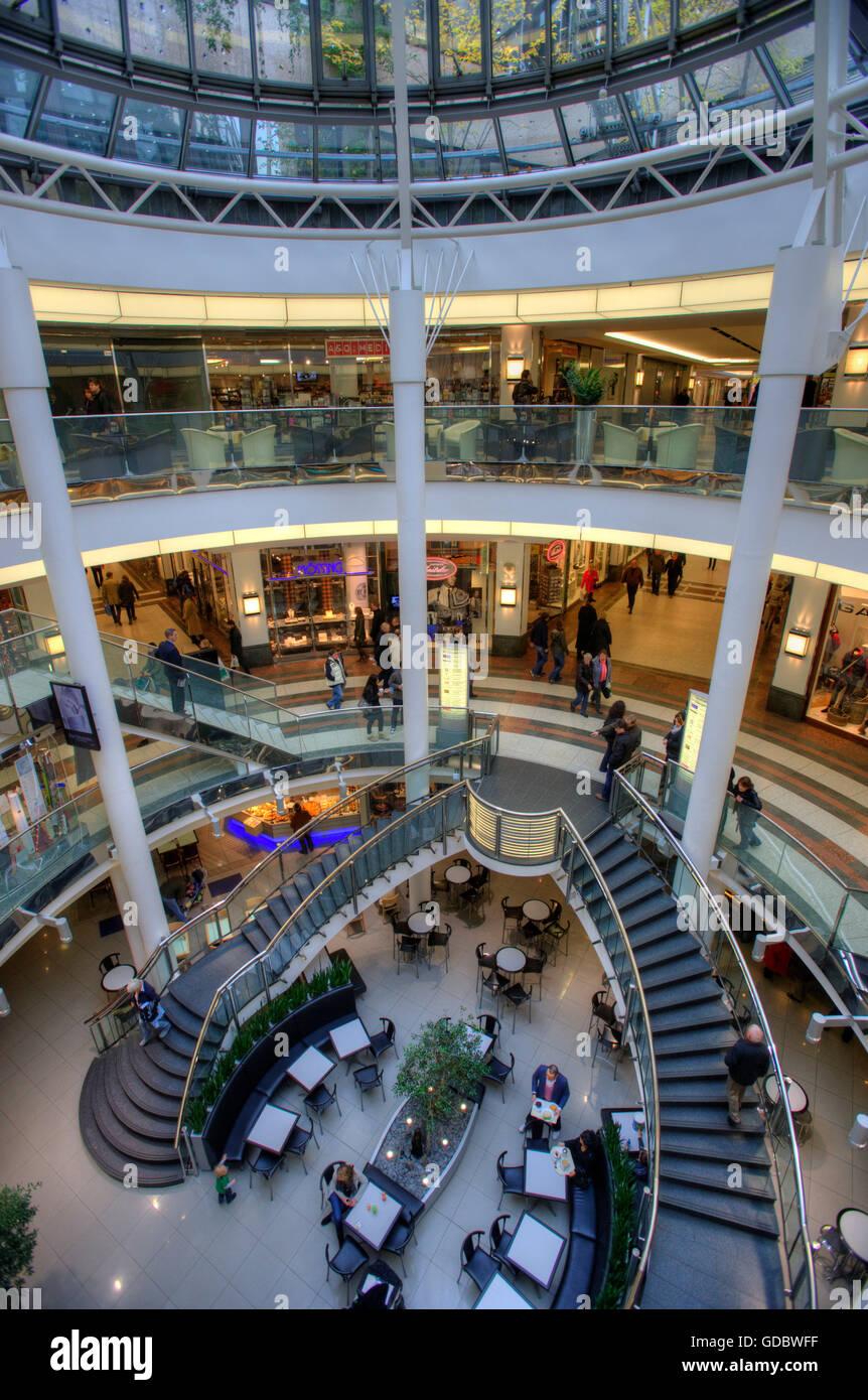 Schadow arcardes, Centro comercial, Dusseldorf, Renania del Norte-Westfalia, Alemania / Düsseldorf. Foto de stock