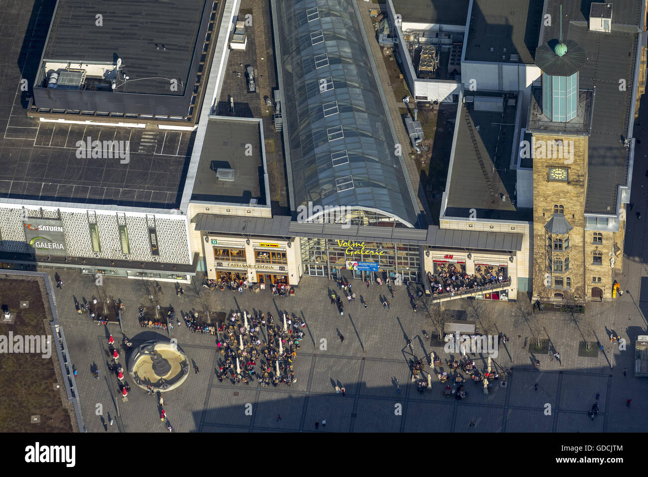 Vista aérea, helado de crema Eiscafe, Cafe Bar Celona, Cafe bebiendo en el Volme Galerie, Hagen, área de Ruhr, Renania Foto de stock