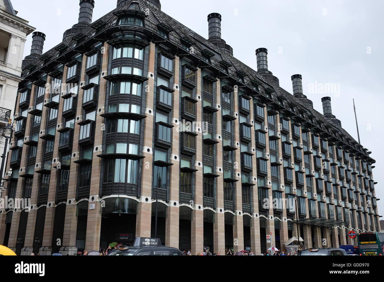 Portcullis House en Westminster, Londres, Inglaterra. Foto de stock
