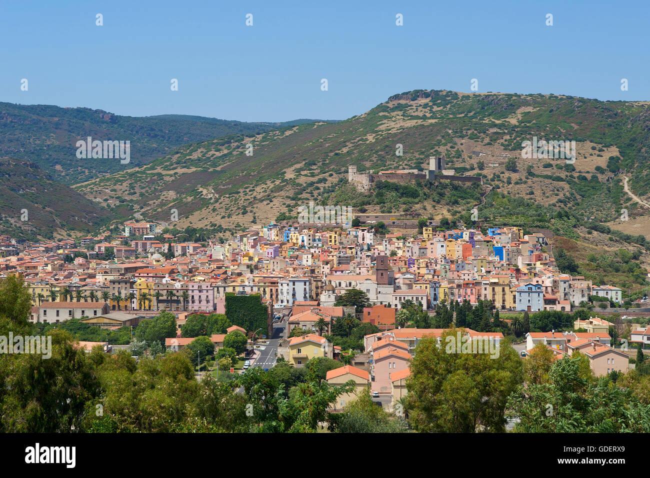 Bosa, Cerdeña, Italia Foto de stock