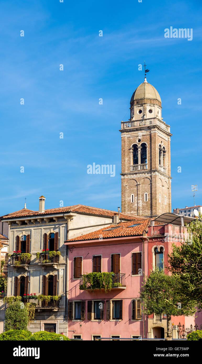 Santa Maria en Organo, una iglesia católica romana en Verona Imagen De Stock