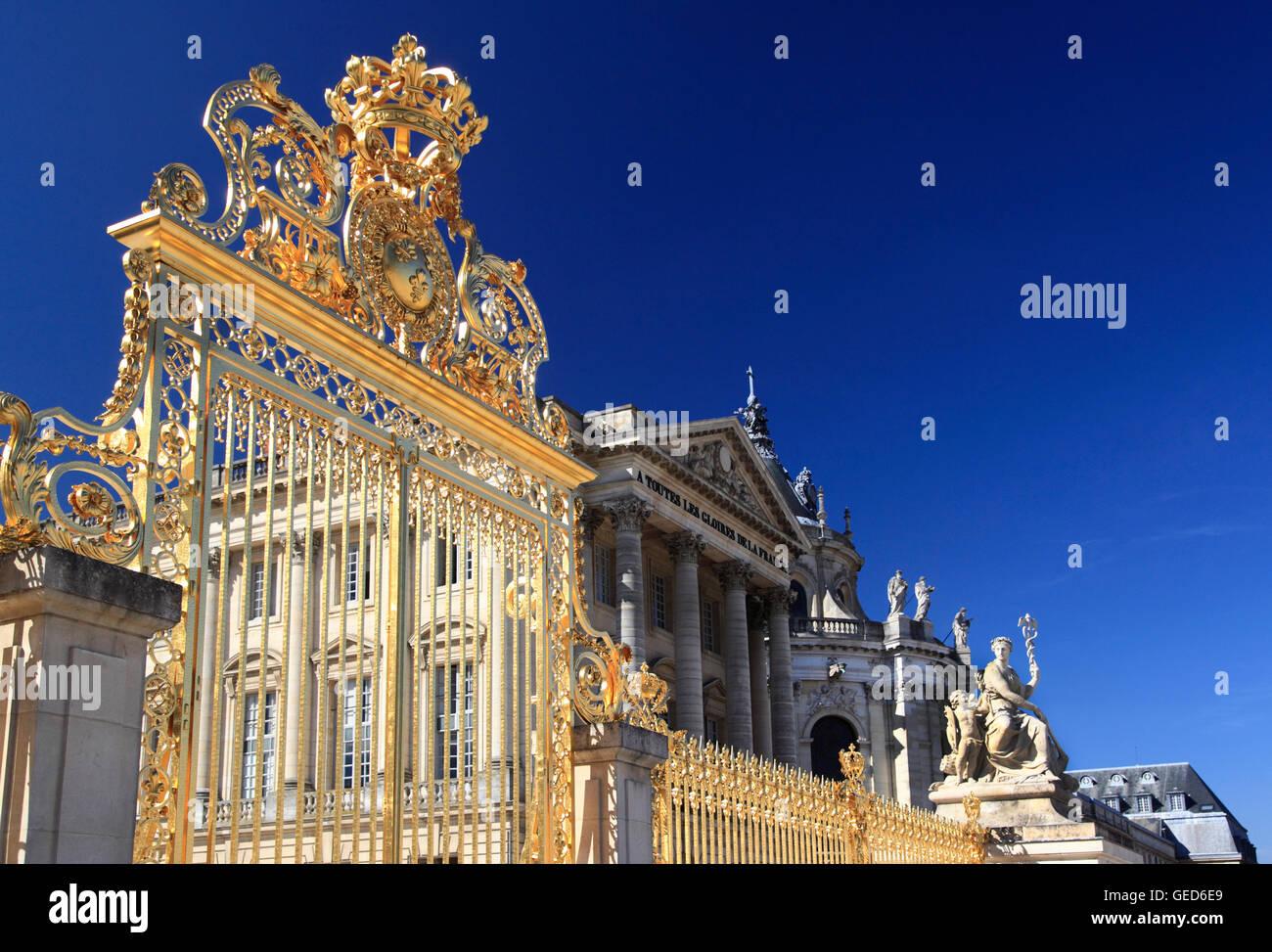 La puerta de Honor, el Palacio de Versalles, Francia, Europa Imagen De Stock