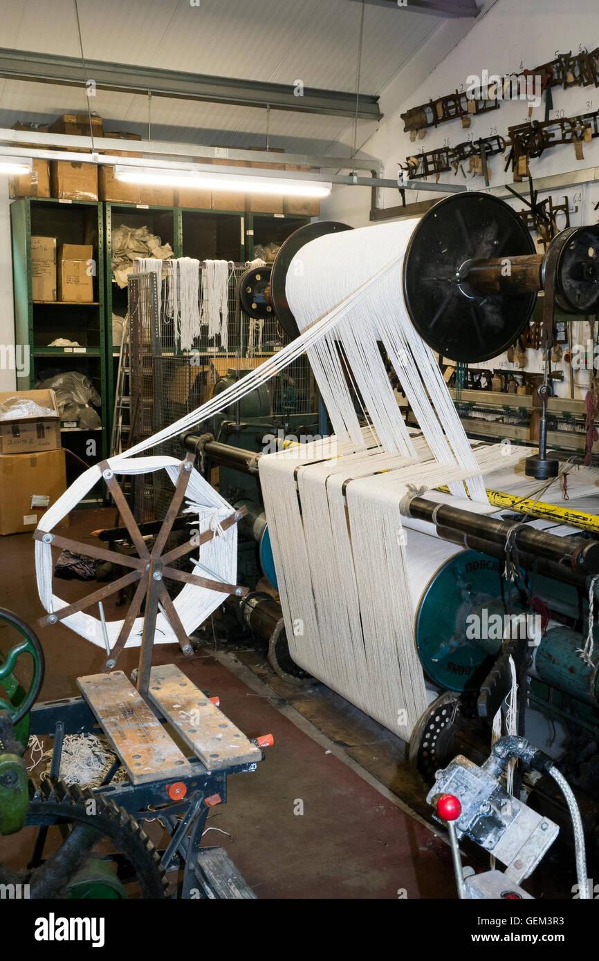 Fabricación de electrodos de aceite para motores de vapor en North York Moors Railway, Grosment histórico, Imagen De Stock