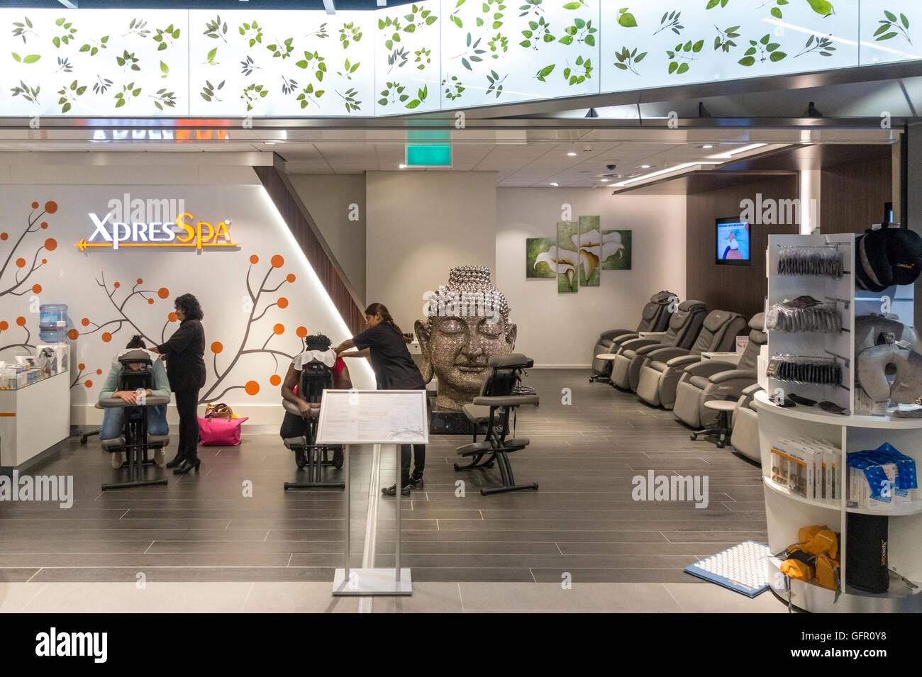 Salida salón de masaje en el Spa, Xpress Xpres XpresSpa, Spa en la Sala de Embarque 2 en el Aeropuerto Schiphol Imagen De Stock