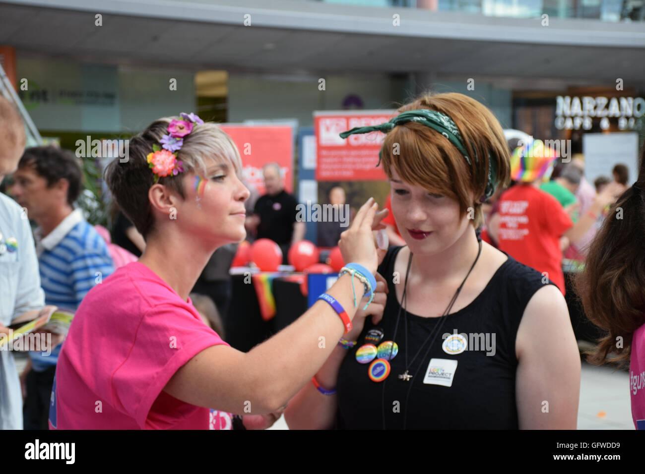 Norwich orgullo el 30 de julio de 2016 REINO UNIDO Imagen De Stock