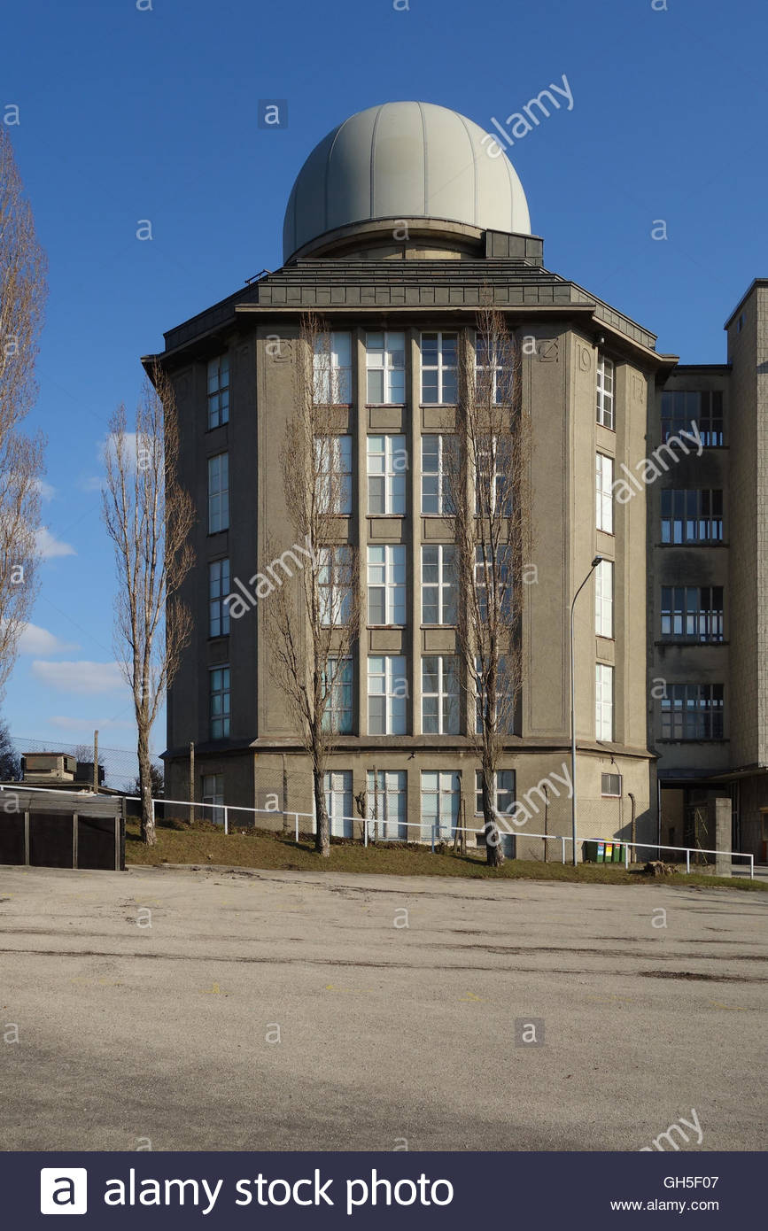 Wien, ehemalige Zeiss-Werke von Robert Oerley, 1917 (1916/1917 lässt die Firma Zeiss ein Industriegebäude Imagen De Stock