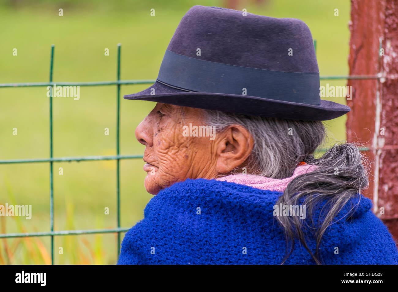 Ecuadorian Hat Imágenes De Stock   Ecuadorian Hat Fotos De Stock - Alamy e96278f70d7