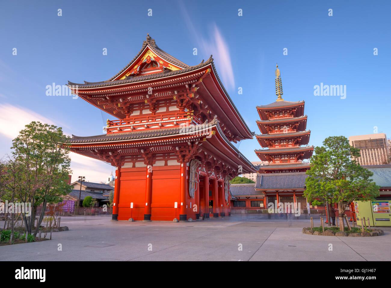 Templo Sensoji en Asakusa, Tokio, Japón. Imagen De Stock