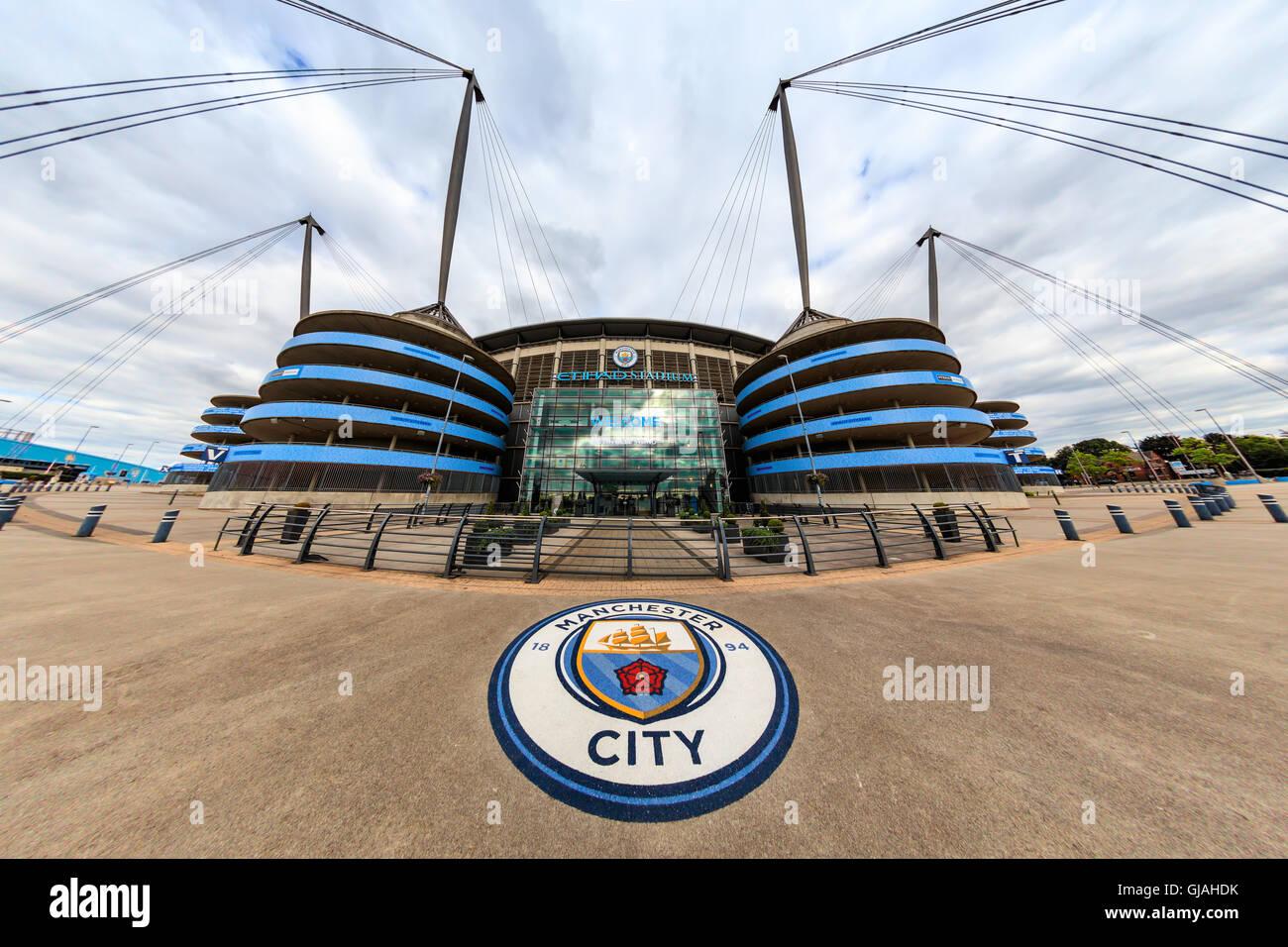 El estadio Etihad Stadium es el hogar de Manchester City Football Club de la Liga Premier Inglesa, uno de los más Imagen De Stock