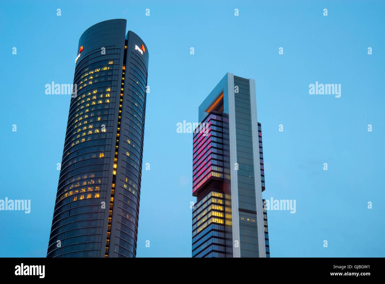 Edificio oficinas im genes de stock edificio oficinas fotos de stock alamy - Oficinas bankia madrid ...