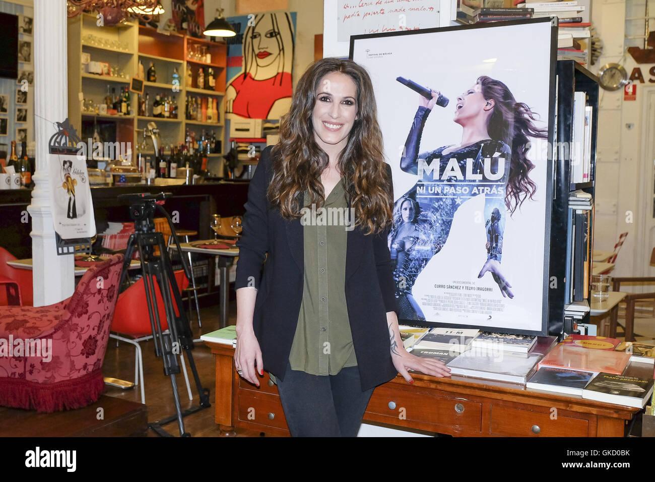 La cantante española Malú atiende un photocall para el documental 'MALÚ, NO UN PASO ATRÁS' Imagen De Stock