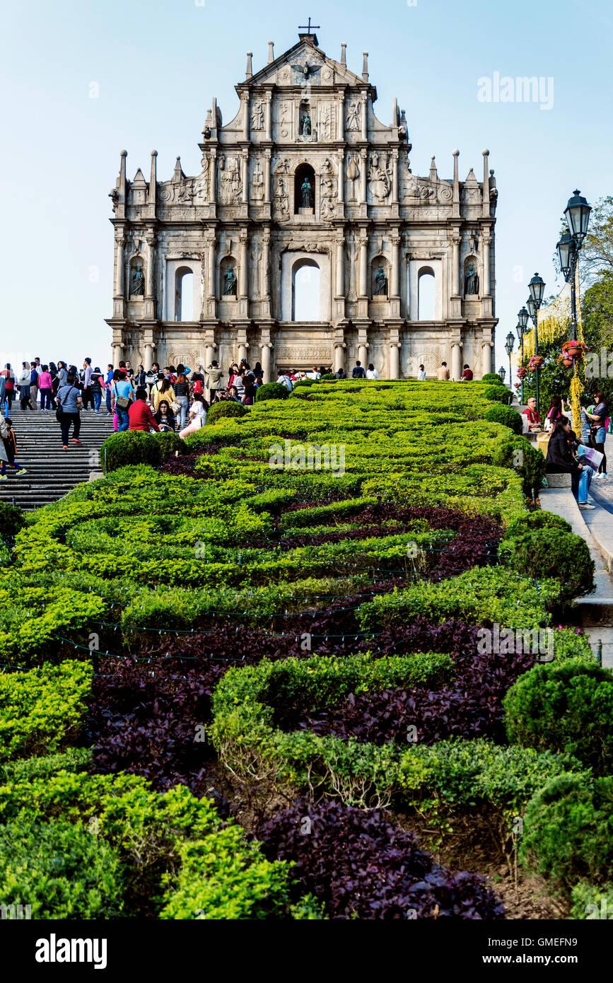 Ruinas de la iglesia de san Pablo famosa atracción turística hito en Macao, China Imagen De Stock