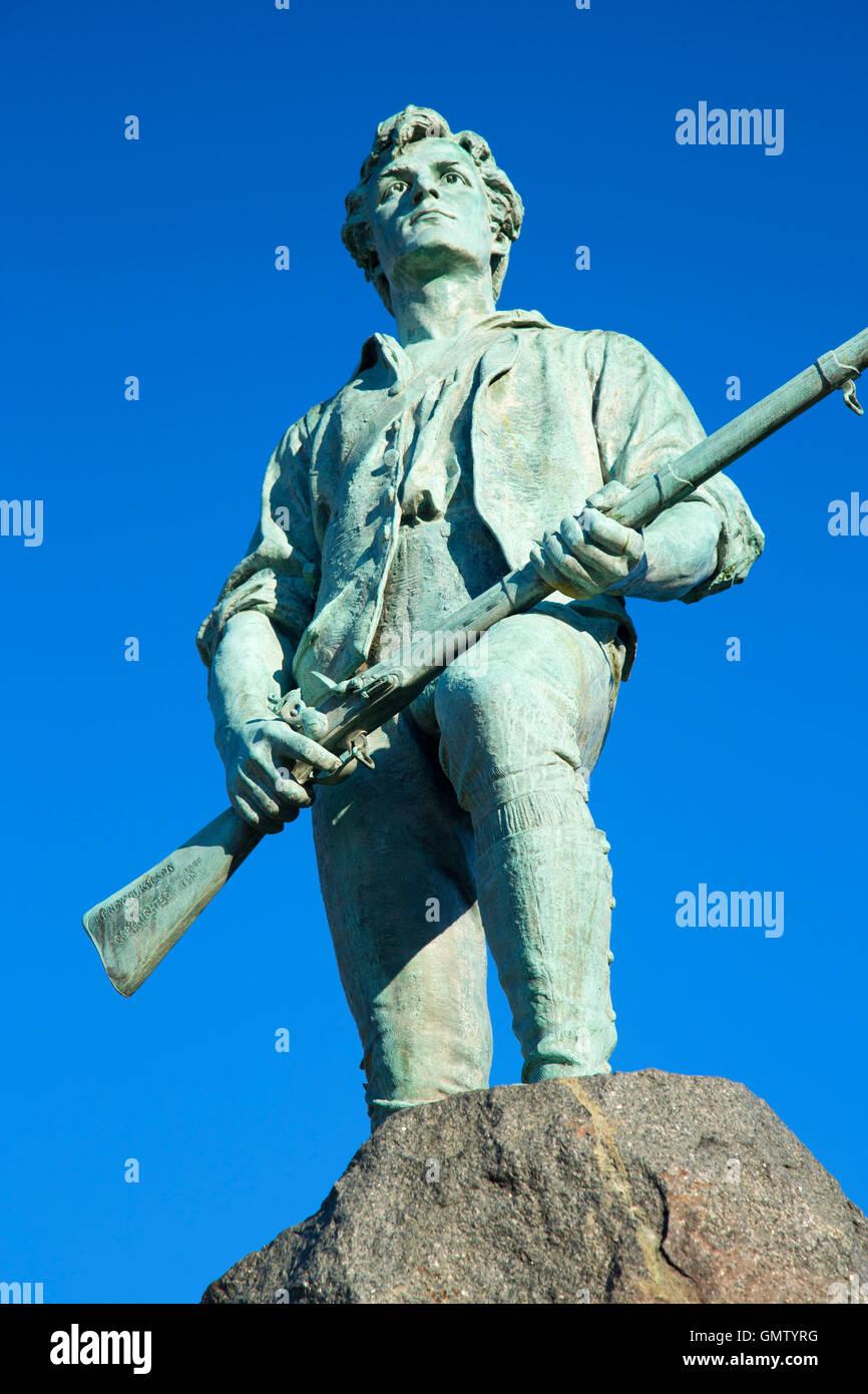 El capitán Parker estatua en Battle Green, Lexington Green, Lexington, Massachusetts Foto de stock