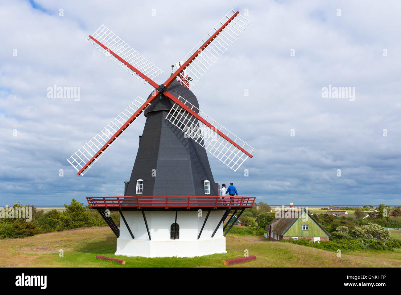 Molle Sonderho molino de energía eólica en la isla Fano - Fanoe - Sur de Jutlandia, Dinamarca Imagen De Stock
