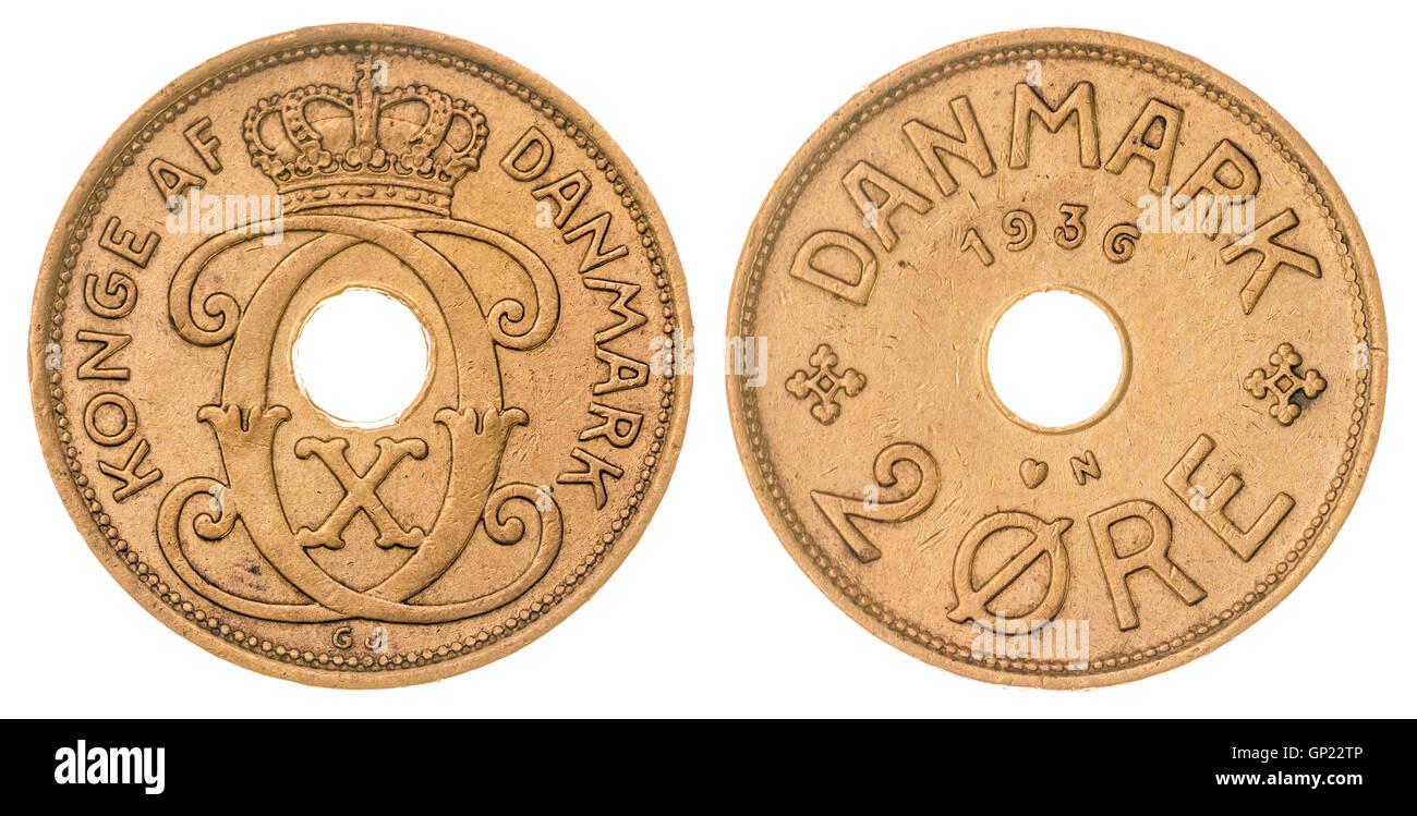 2 moneda de bronce 1936 mineral aislado sobre fondo blanco, Dinamarca Foto de stock