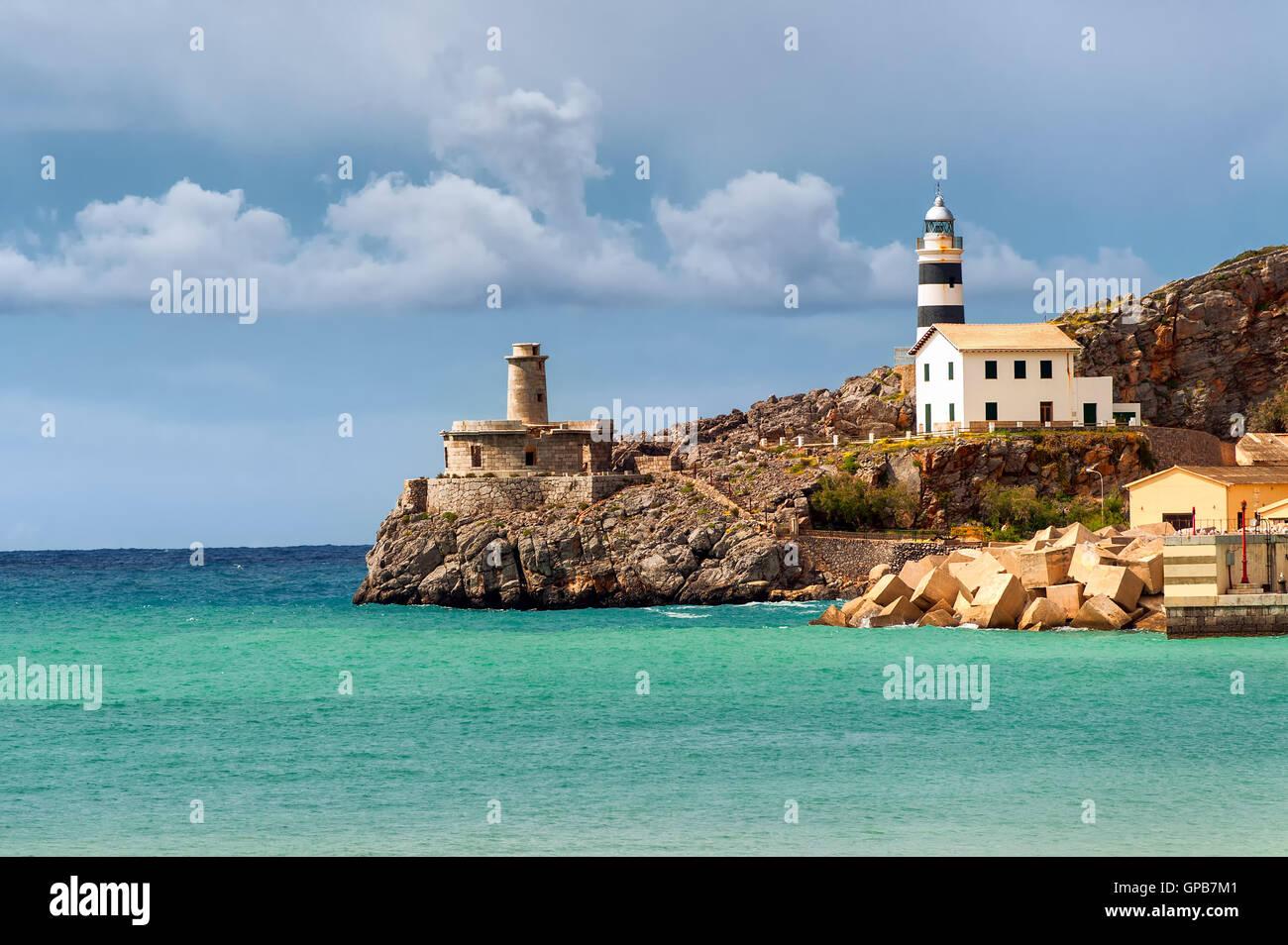 Faro de Soler, la costa del Mar Mediterráneo, Mallorca, España Imagen De Stock