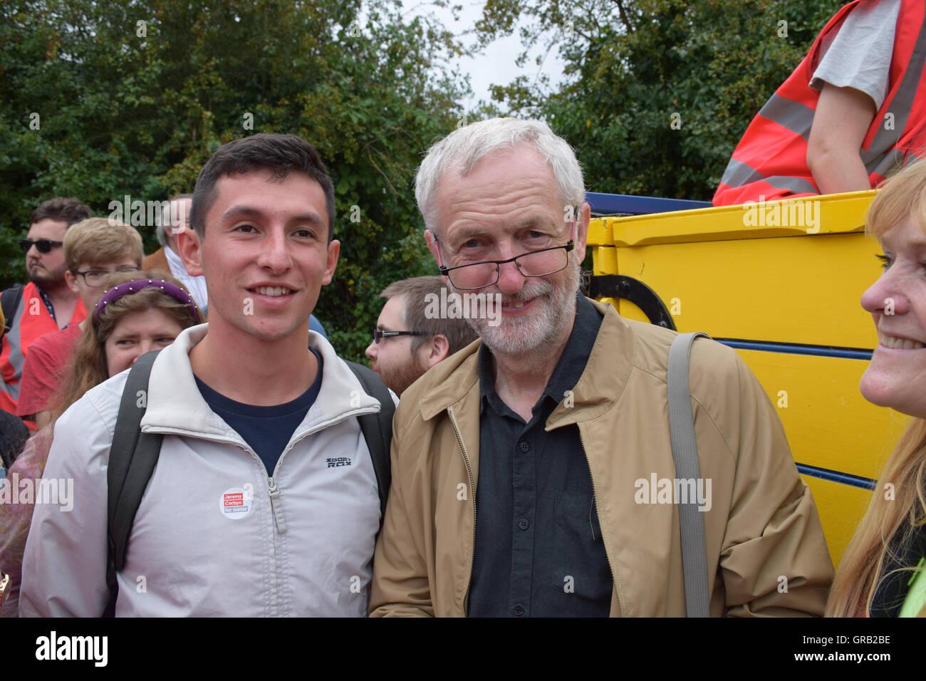 Jeremy Corbyn MP en la anual Burston huelga escolar rally, Burston, Norfolk el 4 de septiembre de 2016. Imagen De Stock