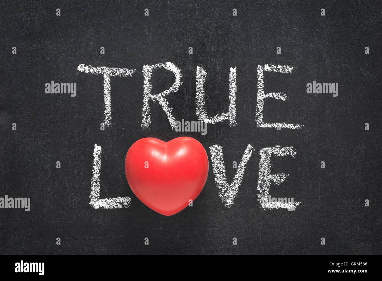 Frase De Amor Verdadero Manuscrito En Pizarra Con El Simbolo Del