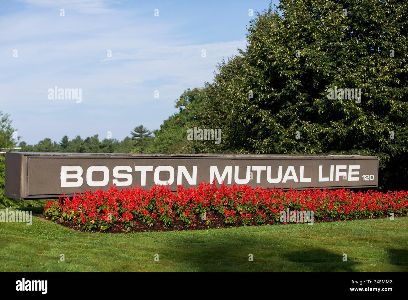 Un logotipo firmar fuera de la sede de la Boston Mutual Life Insurance Company en Canton, Massachusetts el 14 de Imagen De Stock